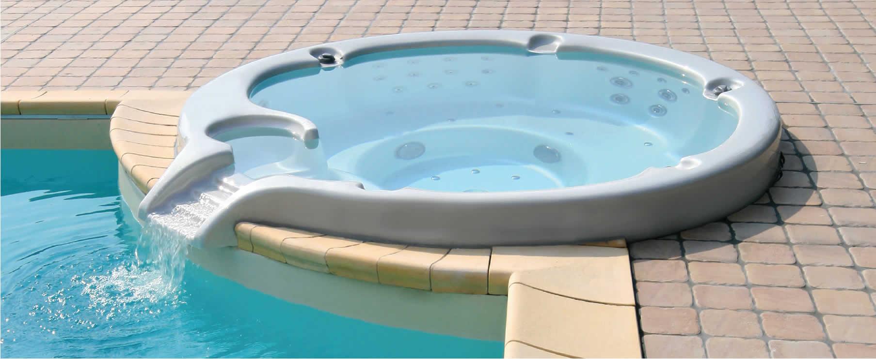 idromassaggio bordo piscina spa regina